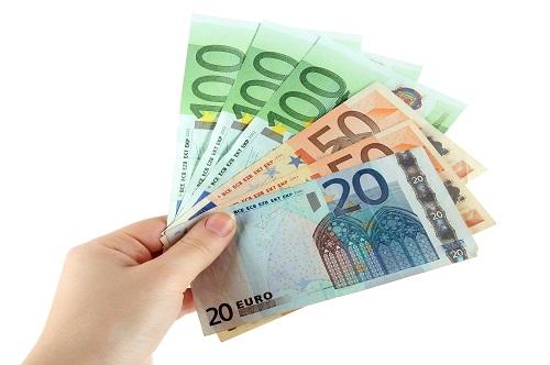 Tämän vuoden uutuus on Luotto.org, joka on uusi lainapalvelu 2019 ja puolueeton terävätoimintainen luottopaikka. Sen uudet lainat koostuvat pääosin pankkilainoista ja korko on edullinen sekä toteutus on yksinkertaistettu viimeinenkin pilkku mielessä.